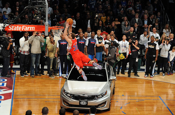Blake-Griffin-Slam-Dunk-Kia-Optima.jpg