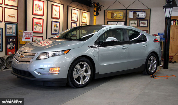 2011-Chevy-Volt-Boston-front.jpg