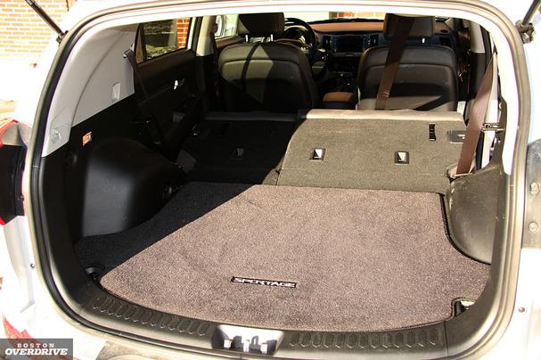 2011-Kia-Sportage-cargo-space.jpg