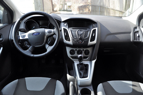 2012 ford focus interiorjpg
