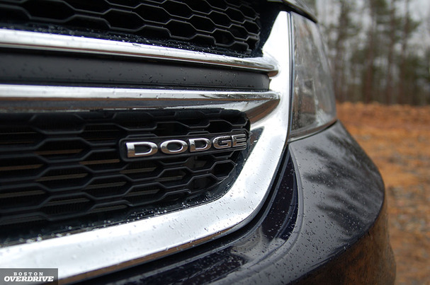 2011-Dodge-Journey-grill.jpg