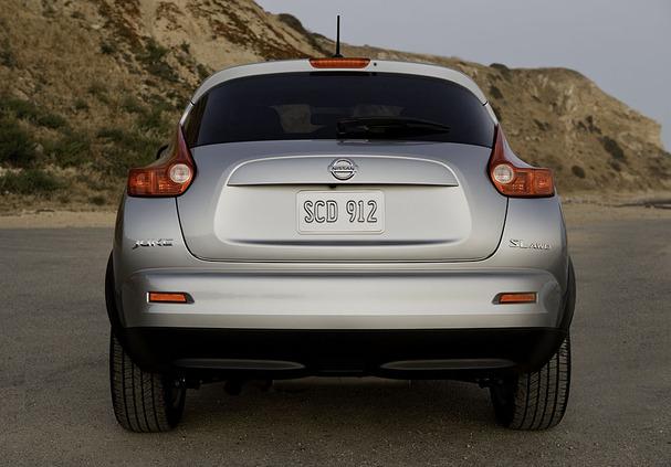 2011-Nissan-Juke-rear.jpg