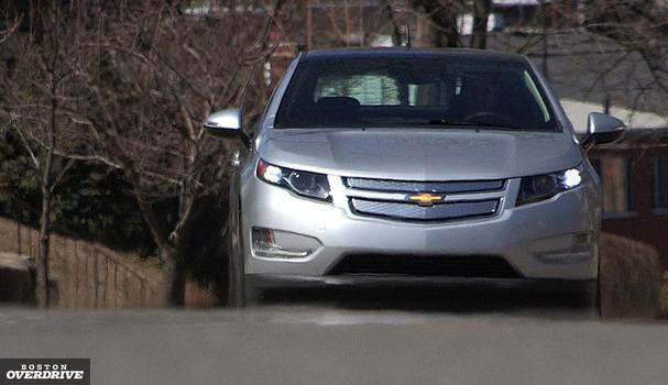 2011-Chevrolet-Volt-front.jpg
