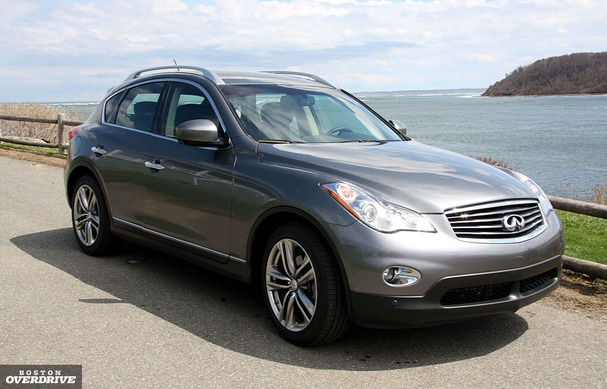 2011 infiniti ex35 high tech wagon serves luxury for two. Black Bedroom Furniture Sets. Home Design Ideas