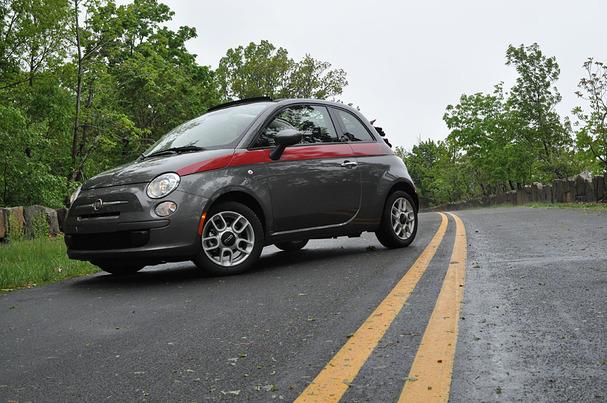 2012-Fiat-500-Cabriolet-front.jpg
