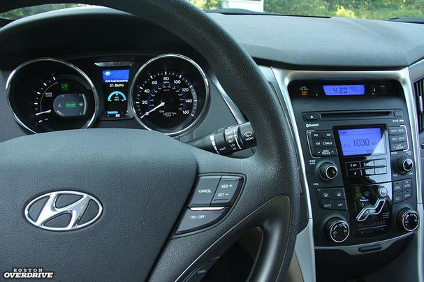 2011 Hyundai Sonata Hybrid Instrument Panel