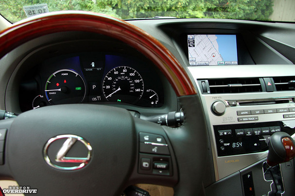 2011-Lexus-RX-450-hybrid-interior-close.jpg