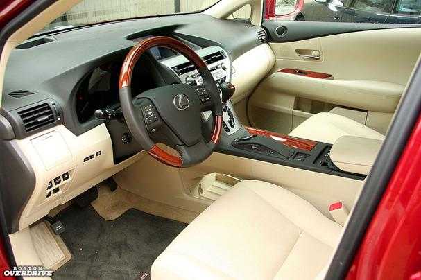 2011-Lexus-RX-450-hybrid-interior.jpg