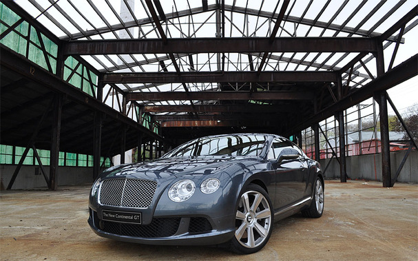2012-Bentley-Continental-GT-front.jpg
