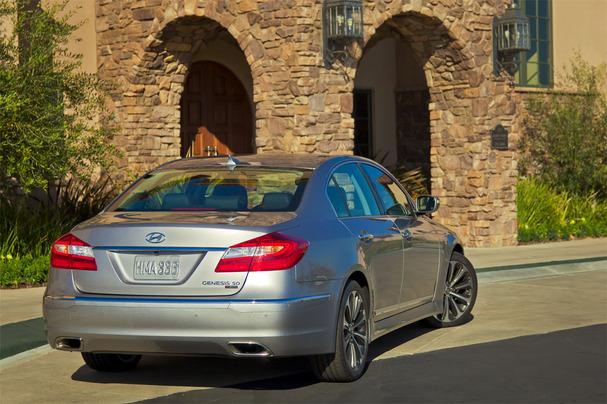 2012-Hyundai-Genesis-R-Spec-rear.jpg
