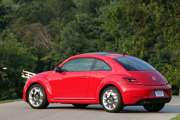 2012-VW-Beetle-rear.jpg