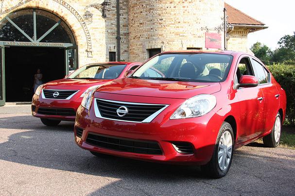 2012-Nissan-Versa.jpg