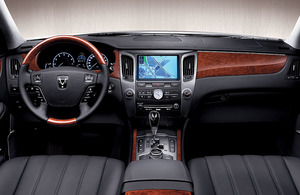 2011-Hyundai-Equus-dash.jpg