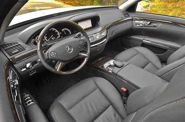2012-Mercedes-S350-Bluetec-Diesel-interior.jpg