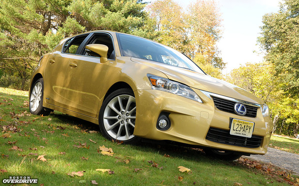 2012 lexus ct 200h prius in a tighter suit boston overdrive. Black Bedroom Furniture Sets. Home Design Ideas