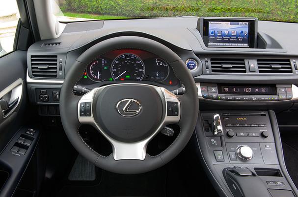 2012-Lexus-CT-200h-interior.jpg