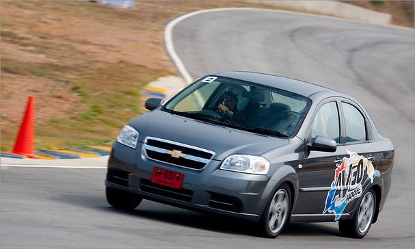 2011-Chevrolet-Aveo.jpg