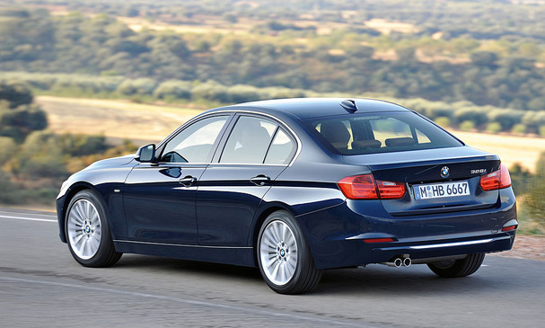 2012-BMW-3-Series-rear.jpg