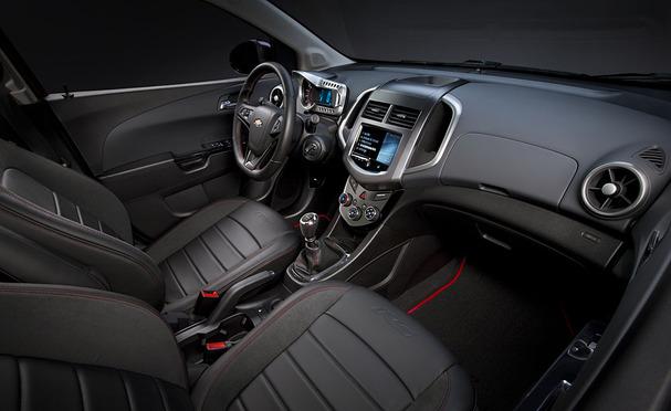 2012-Chevrolet-Sonic-interior.jpg