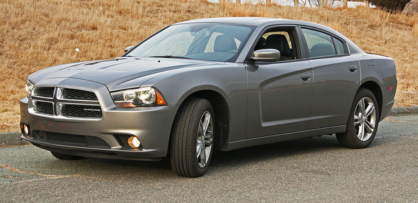2012-Dodge-Charger-front.jpg