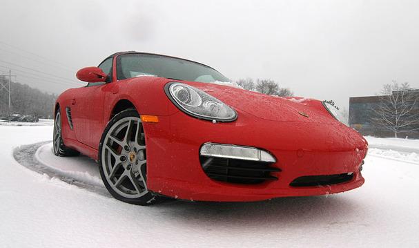 2012-Porsche-Boxster-S-snow-front.jpg