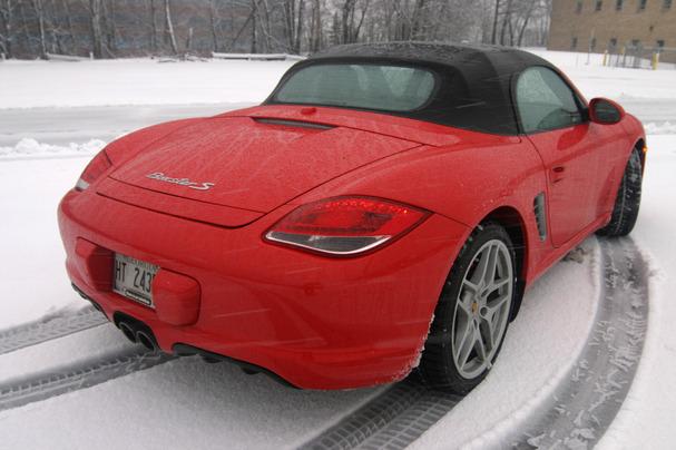 2012-Porsche-Boxster-S-snow-rear.jpg
