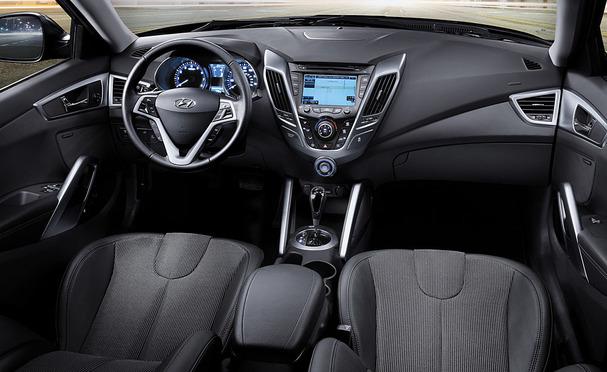 Hyundai-Veloster-Inside.JPG