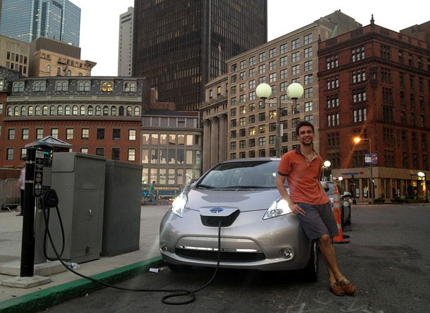 2012-Nissan-Leaf-Government-Center-Charging.jpg