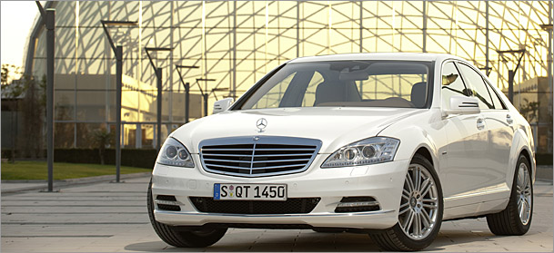 luxury-hybrids-mercedes-s400h.jpg