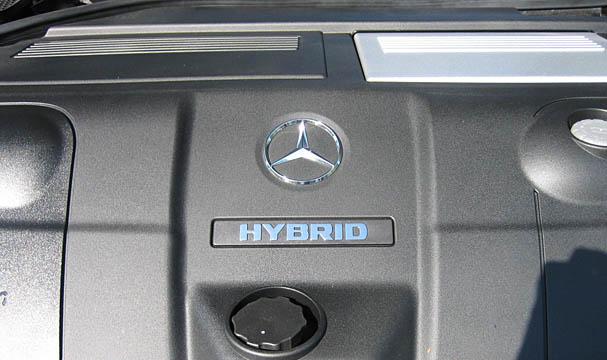 mercedes-ml450-hybrid-engine.jpg