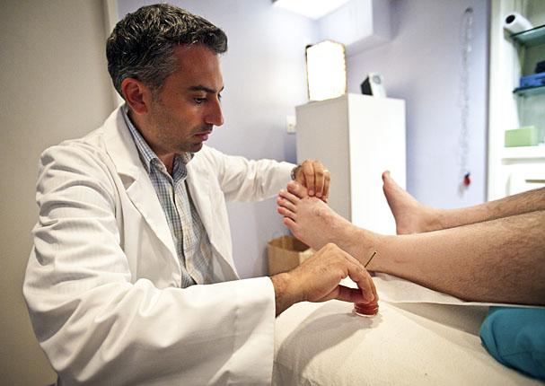 acupuncturist-Robert-Surabian.jpg