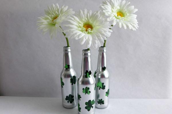 Vases-w-Flowers_axg5lk.jpg