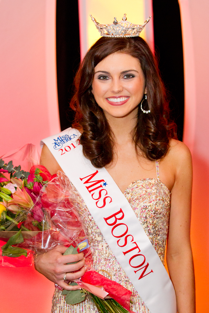 Miss Boston 2012 Kelsey Beck. Photo de Peter Rufo.jpg