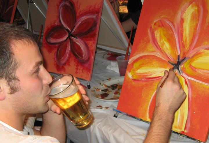paint nite drinking beer.jpg