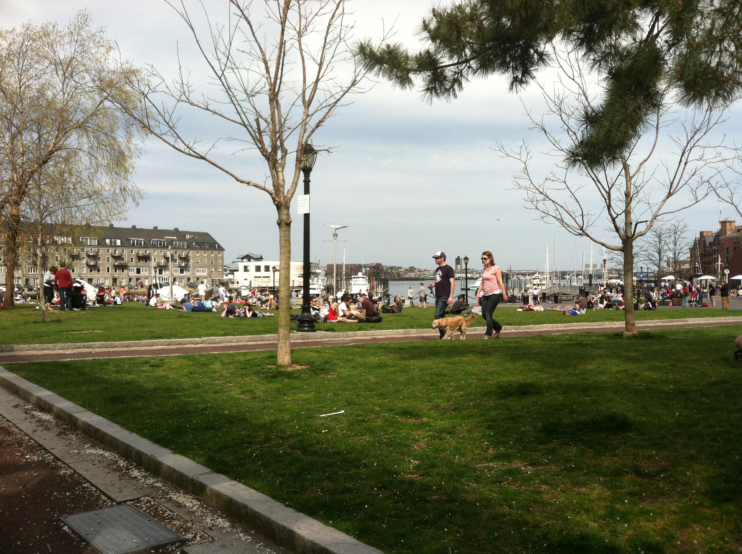 picnic spots Christopher Columbus Park.JPG