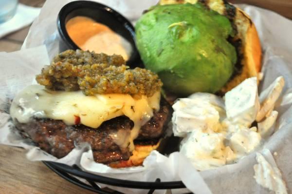 backdeck_burger.jpg