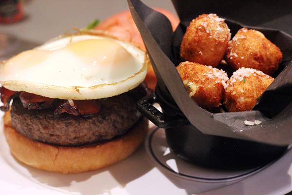 mooo_burger.jpg
