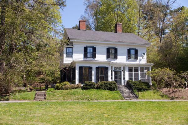 Isabella Stewart Gardner S Brookline Cottage For Sale