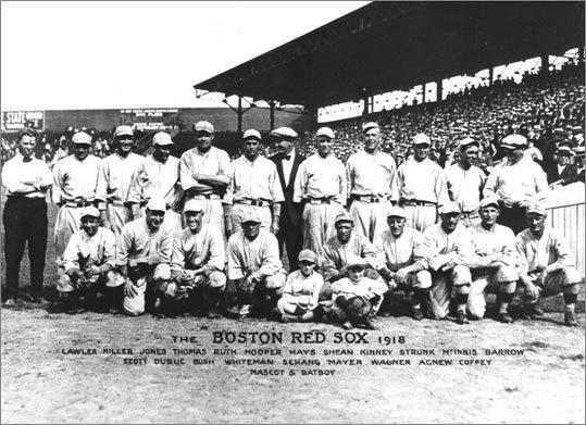 redsox_1918_teamphoto.jpg