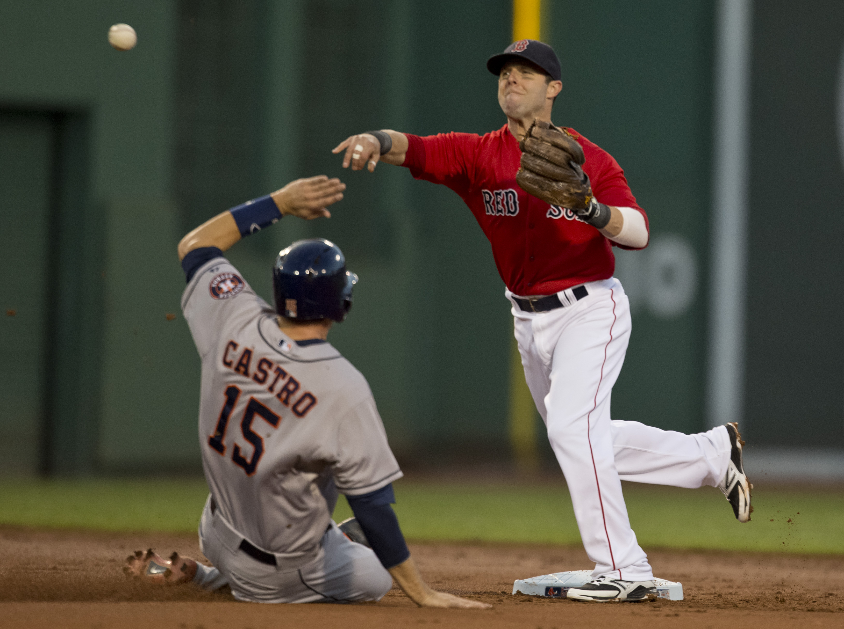 Lineups and Game Notes: Pedroia Back in After Fouling Ball Off Foot
