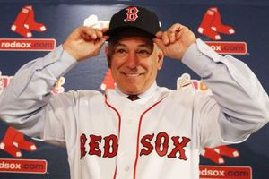 Bobby-Valentine-Red-Sox-Boston.jpg