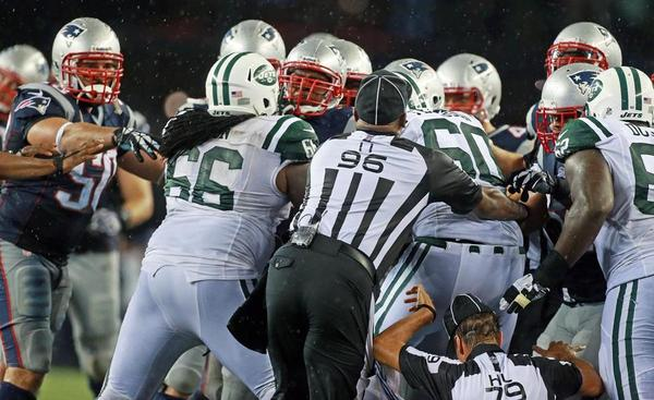 Thumbnail image for Pats-Jets Fight Globe - Jim Davis.jpg