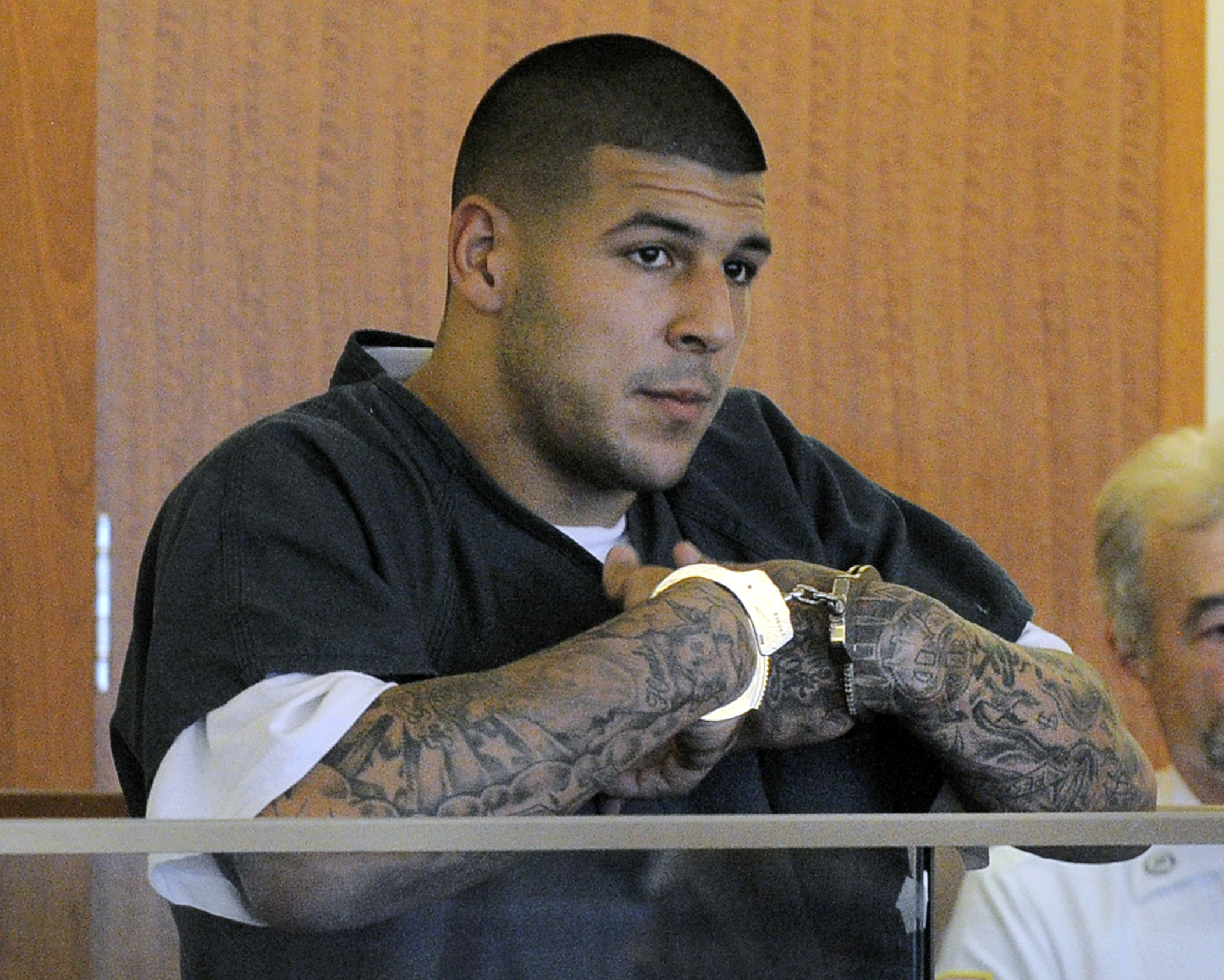 Report Another Supposed Hernandez Jail Letter Emerges The Buzz