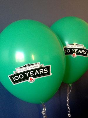 300balloons.jpg