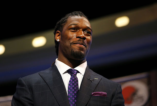 Jadeveon Clowney is the First Overall Pick of the 2014 NFL Draf…