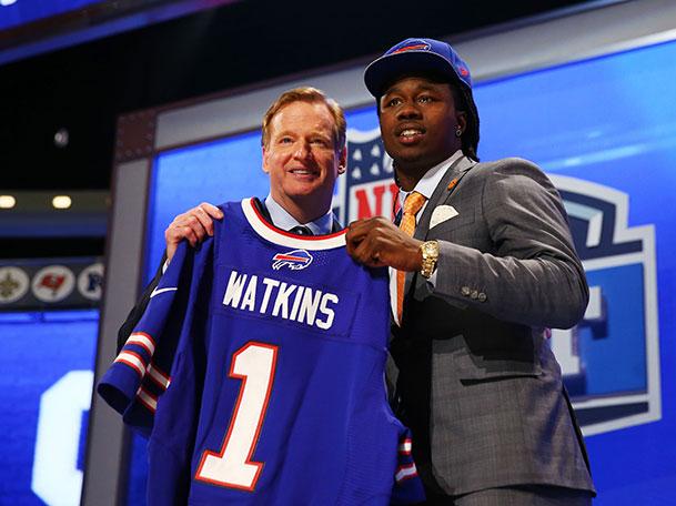 Buffalo Bills Trade Up to No. 4, Select Clemson WR Sammy Watkin…