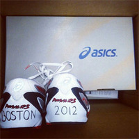 300shoes.jpg