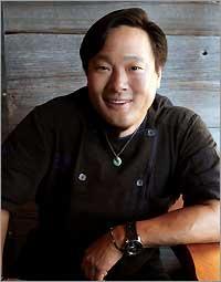 Chef Ming Tsai Bio.jpg