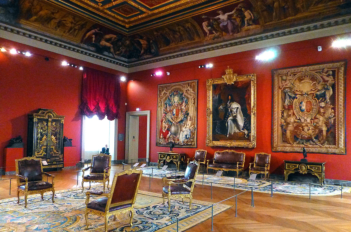 New louvre galleries show how louis lived globe trotting - Museum decorative arts paris ...