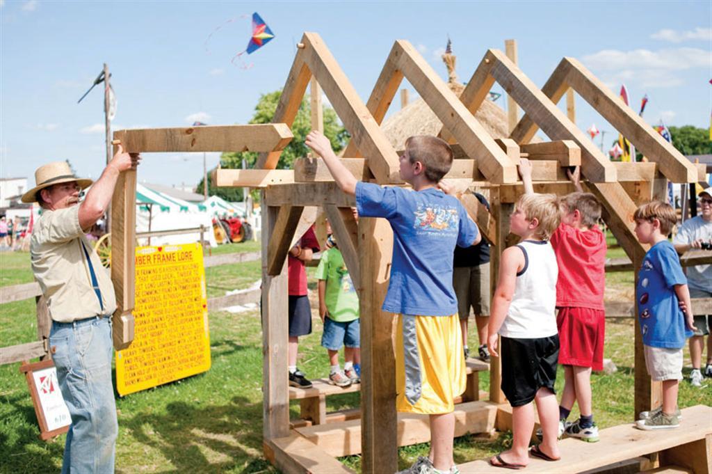 kidsbarnbuilding (Large).jpg